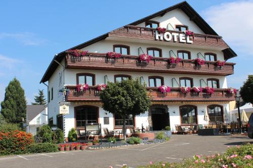 Hotel Pictures: Mittlers Restaurant Hotel, Schweich