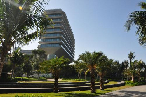 Hotel Pictures: Hainan Greentown Blue Bay Resort, Lingshui