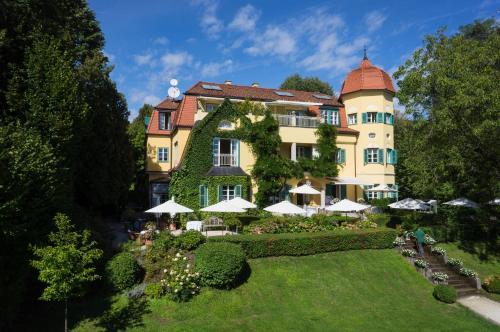 ホテル写真: Hotel Seeschlößl Velden, フェルデン・アム・ヴェルターゼー