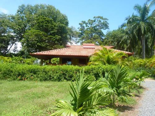 Hotel Pictures: Casa de Los Abuelos, Tambor