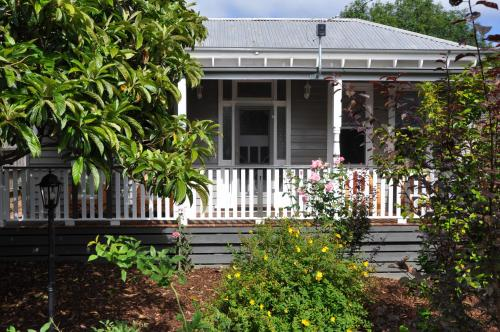 Hotellbilder: Camellia Cottage Warragul, Warragul