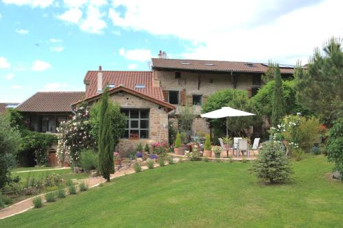 Maison d 39 enfance de lamartine tourismus charnay l s for Jardin lamartine