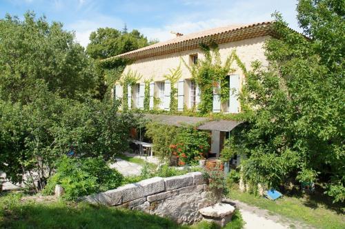 Hotel Pictures: Moulin d'Antelon, Crillon-le-Brave