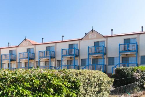 Φωτογραφίες: Amos House & Swansea Ocean Villas, Swansea