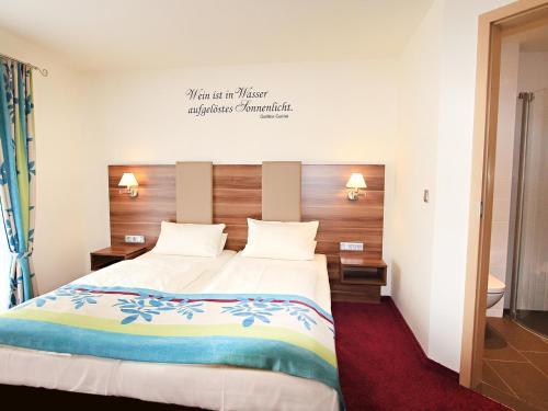 Hotel Pictures: , Rüdesheim am Rhein