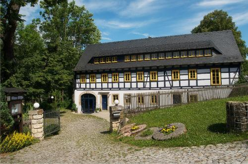 Hotel Pictures: Pension Blaue Mühle, Grund