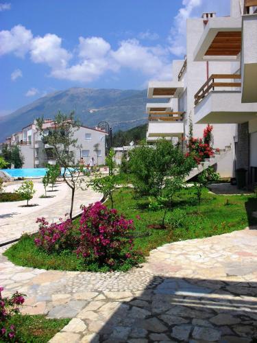 酒店图片: The Olive Terrace Apartments, Dhërmi