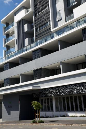 Hotel Pictures: Atrio Apartments, Brisbane