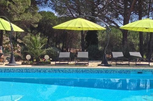 Hotel Pictures: , Mourèze