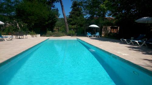 Hotel Pictures: Chateau de Nans - Chambres d'hôtes, Nans-les-Pins
