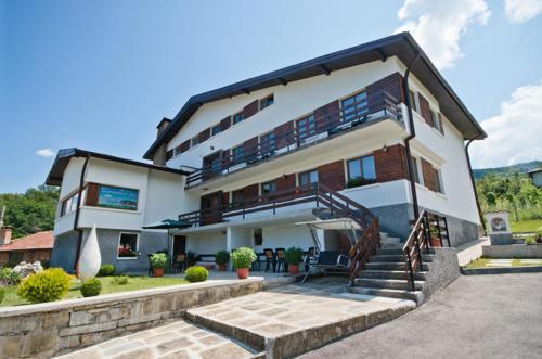 Hotellikuvia: Guest House Balkanski Kat, Gabrovo