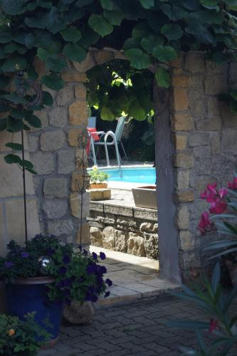Hotel Pictures: , Corcelles