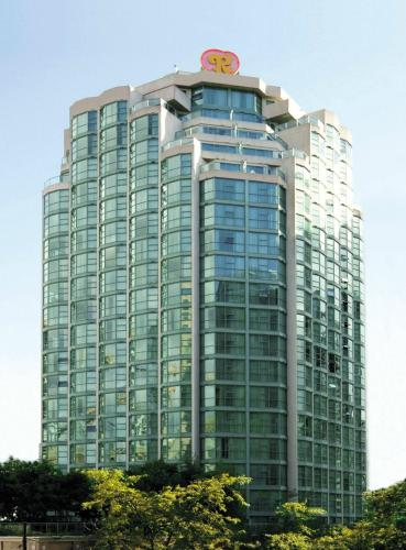 Hotel Pictures: Rosedale on Robson Suite Hotel, Vancouver