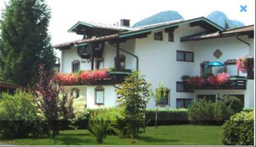 Hotelbilleder: Haus Tyrolia, Kössen