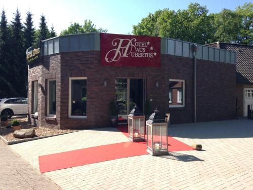 Hotel Pictures: Hotel Haus Hubertus, Schneverdingen