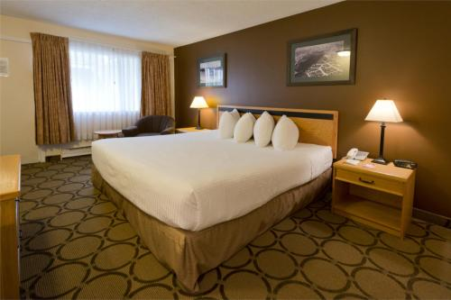 Hotel Pictures: Riviera City Centre Inn, Downtown, Prince George, Prince George