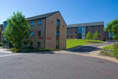 Queen's University Belfast, Elms Village - Campus Accommodation