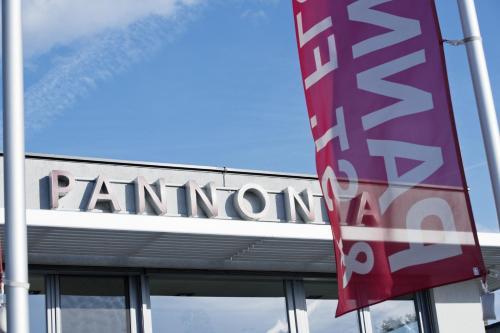 Foto Hotel: Pannonia-Hotel/Restaurant, Podersdorf am See
