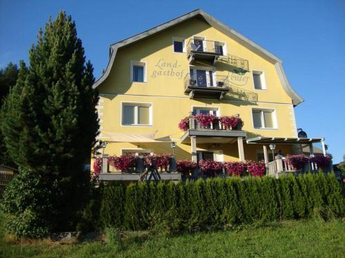 Фотографии отеля: Landgasthof Lenzer, Штрассен