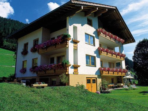 Fotos de l'hotel: Hotel Garni Haus Anita, Liesing