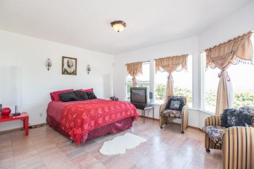 Three Bedroom Villa in Bel Air