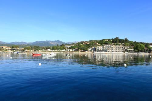 Hotel Pictures: Le Pinarello, Sainte-Lucie de Porto-Vecchio