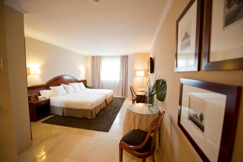 Hotel Pictures: , Langreo