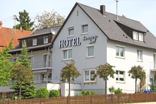 Hotel Pictures: Hotel Sonnenhof, Sindelfingen