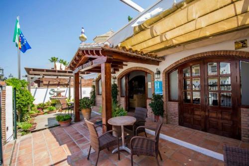Hotel Pictures: Hotel Casa Grande, Zahara de los Atunes