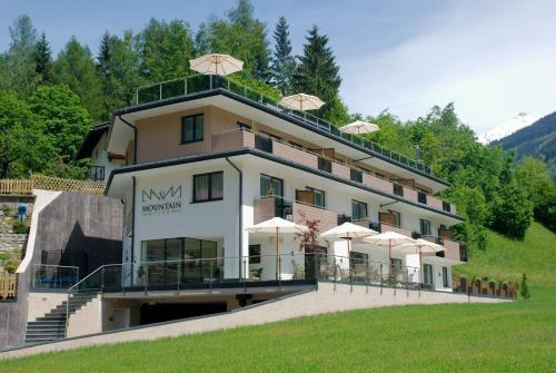 Hotellikuvia: Mountain Resort M&M, Finkenberg