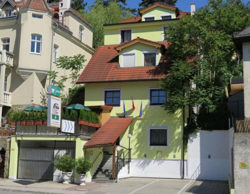 Zdjęcia hotelu: Hotel-Pension Goldenberg, Klosterneuburg