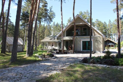 Hotel Pictures: Pärnu Jõeranna Holiday House, Papsaare