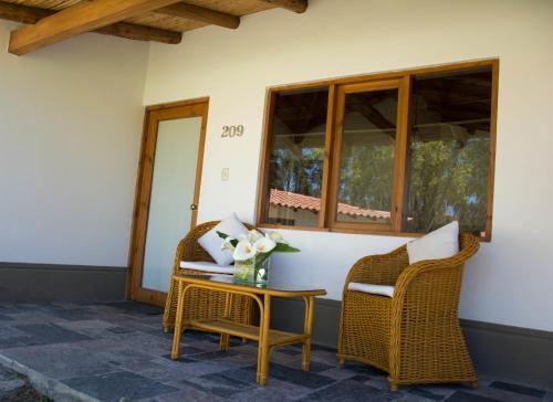 Ensenada Hotel Y Campo