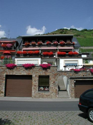 Hotel Pictures: Gästehaus Fuchs, Valwig
