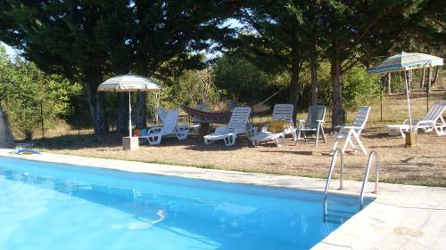 Hotel Pictures: Le Relais De Bonnenouvelle, Laussou