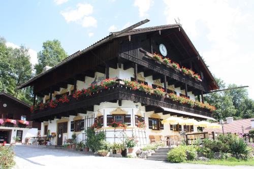Hotel Pictures: Pension Blauer Gamsbock, Kiefersfelden