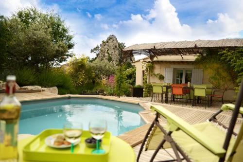 Hotel Pictures: , La Roque-Alric