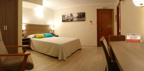 Hotel Pictures: Hotel Avenida Plaza, Alzira