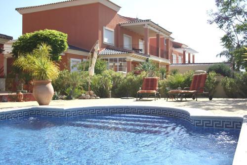 Hotel Pictures: Villa Coral, Baños y Mendigo