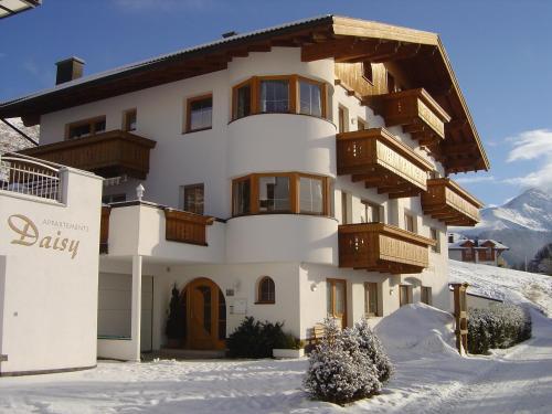 Hotelbilleder: Apartments Daisy, Serfaus