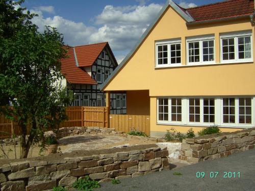Haus an der Kastanie