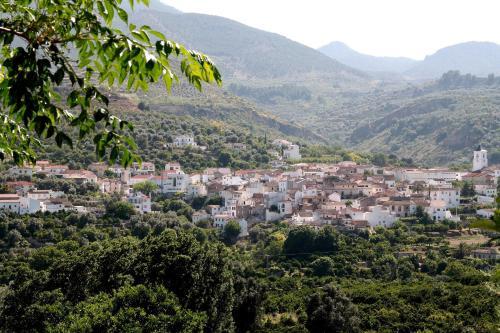 Hotel Pictures: La Despensa del Valle, Restábal