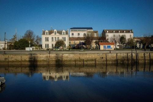 Hotel Pictures: , Mortagne-sur-Gironde