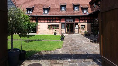 Hotel Pictures: , Schillersdorf