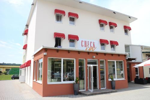 Hotel Pictures: Hotel Checkin, Gleisdorf