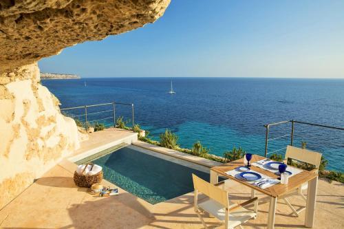 Hotel Pictures: Cap Rocat, Cala Blava