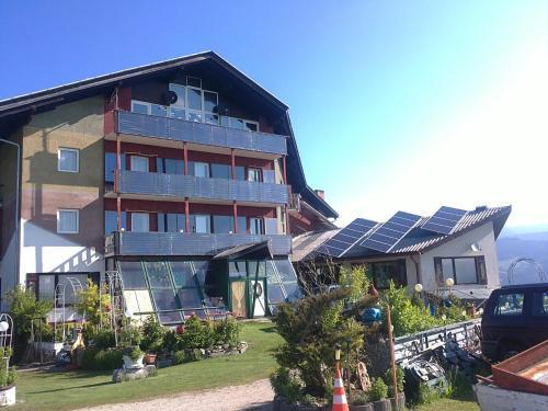 ホテル写真: Aqua Reiki Ski Hotel Klippitz Nordost, Reichenfels