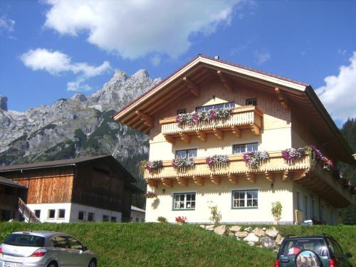 Foto Hotel: Bio Bauernhof Vorderoberlehen, Werfenweng