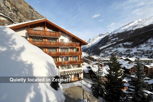 Hotel Pictures: Hotel Tschugge, Zermatt