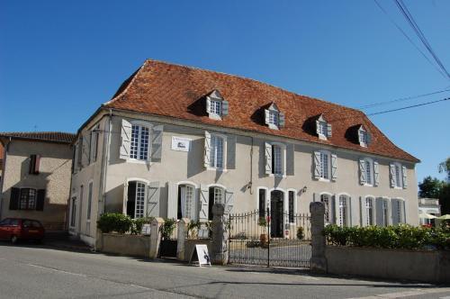 Hotel Pictures: , Arzacq-Arraziguet